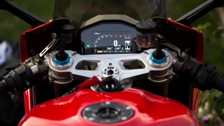 Ducati Panigale 1299s Rider View