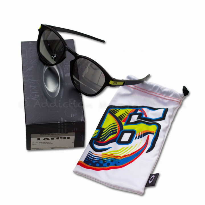 oakley vr46 latch
